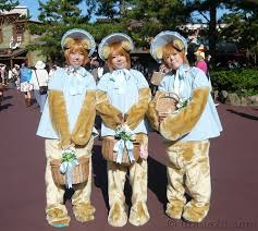 bunny bubbles and beulah halloween costumes these three ja u2026 flickr