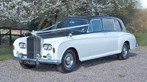 limousine rolls royce hire a classic rolls phantom limousine for your wedding in essex