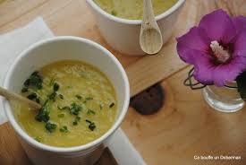 comment cuisiner les courgettes jaunes ca bouffe un doberman soupe de courgette jaune au cumin