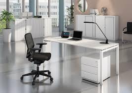 Schreibtisch Schwenkbare Tischplatte Bisley Bundle Sparset