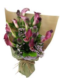 purple calla lilies purple calla bouquet