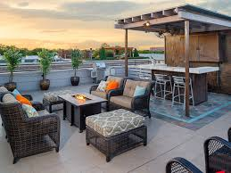 channel 11 s living large features oak lawn roof deck home