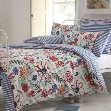 duvet cover floral looks so pretty in our home hq home decor ideas