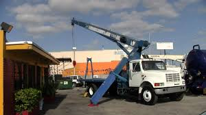 1999 international with 17 ton manitex boom truck crane truck for