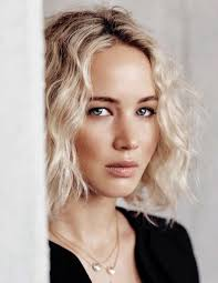 jennifer lawrence hair co or for two toned pixie 173 best jennifer lawrence images on pinterest the hunger games