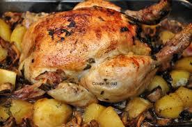 cuisiner un poulet roti poulet rôti forestier coupe et cuit