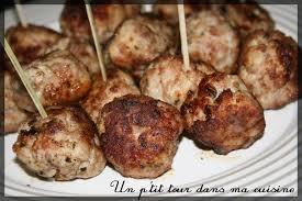 cuisiner chair à saucisse p tites boulettes poulet et chair à saucisse un p tour dans