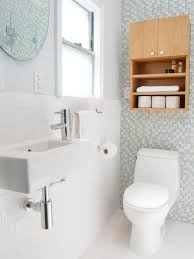 simple small bathroom decorating ideas small bathroom country decorating ideas bathroom wall decorating
