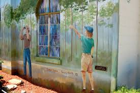 town of murals lake placid florida part of birding by thomas brooks and terry smith