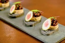 canap foie gras terrine de foie gras pane nero sagu de marsala e figo fresco