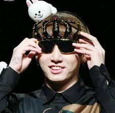 Sun Glasses Meme - 정구기 토끼 on twitter jungkook being a meme with sunglasses the