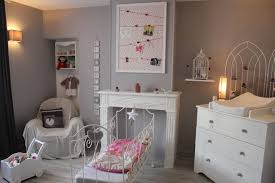 autour de bebe chambre bebe bien organiser la chambre autour de bébé mon lit bébé