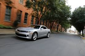 2014 camaro vs 2014 mustang 2014 ford mustang vs 2014 chevy camaro comparison review by