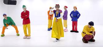 bts hilariously dress snow white u0026 dwarfs