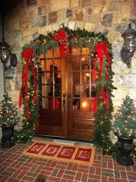 Happy New Year Room Decoration by Top 14 Christmas Front Door Decors U2013 Easy Happy New Year Party