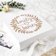 wedding gift personalised wreath personalised wedding keepsake box