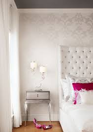 Best  Damask Bedroom Ideas On Pinterest Paris Themed Bedrooms - Ideas for bedroom wallpaper