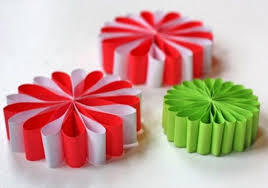 christmas home made decorations simple paper flower ornaments allfreechristmascrafts com