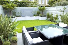 Designs For Garden Furniture by Contemporary Gardens Ideas Modern Garden
