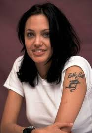 tattoo de angelina jolie que significa 8 stylish angelina jolie s tattoos and their meanings angelina