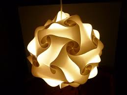 Wohnzimmer Lampenschirm 10 Kreative Lampenschirme Für Das Wohnzimmer