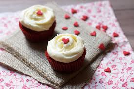 red velvet cupcakes for two