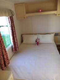 8 berth caravan for rent two toilets kitchen double shower two