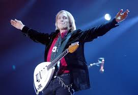 rock artist who died 2016 celebrities who died in 2017 tom petty mary tyler moore chris