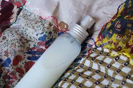désodoriser canapé tissu désodorisant pour tissus fait maison mémé dans ses orties
