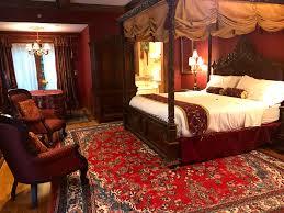 tudor room gramercy mansion bed u0026 breakfast baltimore md