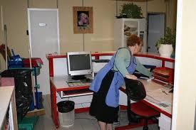 faire du menage dans les bureaux nettoyage pour particuliers et nettoyage industriel autour de chartres