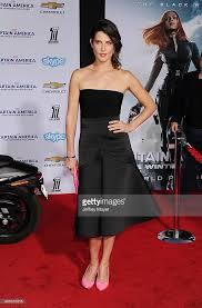 actress cobie smulders arrives los angeles premiere captain picture id485010315