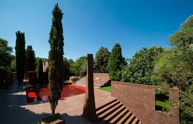 family house at the empordà ricardo bofill taller de