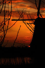 kinderdijk sunset wallpapers here comes the sun south holland holland netherlands and windmill