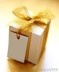 Beautifully Wrapped Gifts - what are some good gifts for a bridal shower with pictures