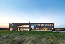 divide and conquer 7 modern dogtrot houses architizer
