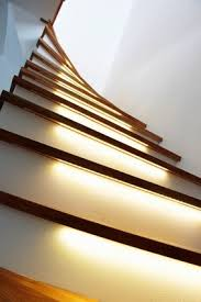 led treppe treppen selber bauen mit led licht