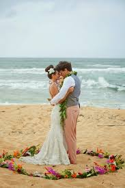 wedding flowers hawaii beutiful and intimate destination wedding in hawaii destination