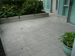 paver patio pictures paver patio ideas makes courtyard look more