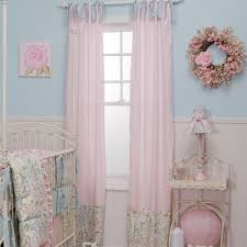rideaux pour chambre bébé design interieur déco chambre bébé rideaux pale bleu clair