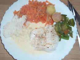 cuisiner filet de julienne filet de julienne au beurre blanc et petit légumes par victosamy49