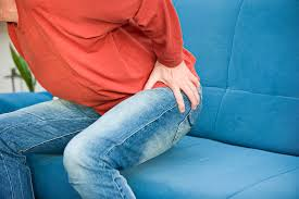 Back Pain When Getting Out Of Chair 8 Reasons Why Your Hip Hurts When Sitting New Health Advisor