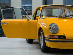yellow porsche 911 straat 1973 porsche u2013 yellow