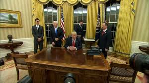 Trumps Oval Office by Guess Who Else Is Back In The White House Texags