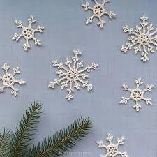 in the yarn garden crochet snowflakes