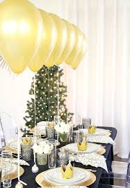 white party table decorations 25 new year s eve party table decor ideas shelterness