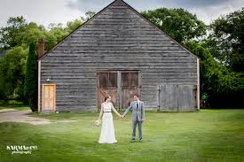 Hudson Valley Barn Wedding Hudson Valley Wedding Trends Of 2016
