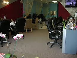 cyndi nails studio in elmhurst chicago