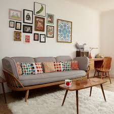 cosy retro living room design with nice lighting and furniture set