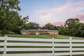 east texas ranch home for sale massive views jacks